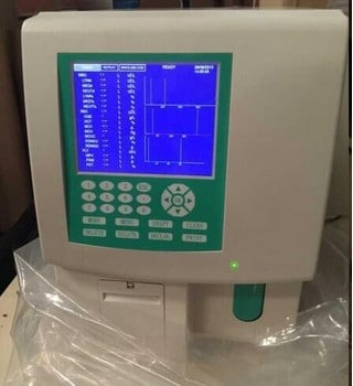 Automate d' hematologie BK6100