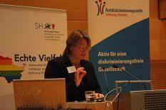 Elke Amberg über Lesben, Schwule, Transidente in den Medien