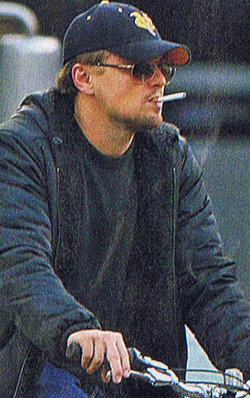 Leonardo is now a vaper of ecigarettes
