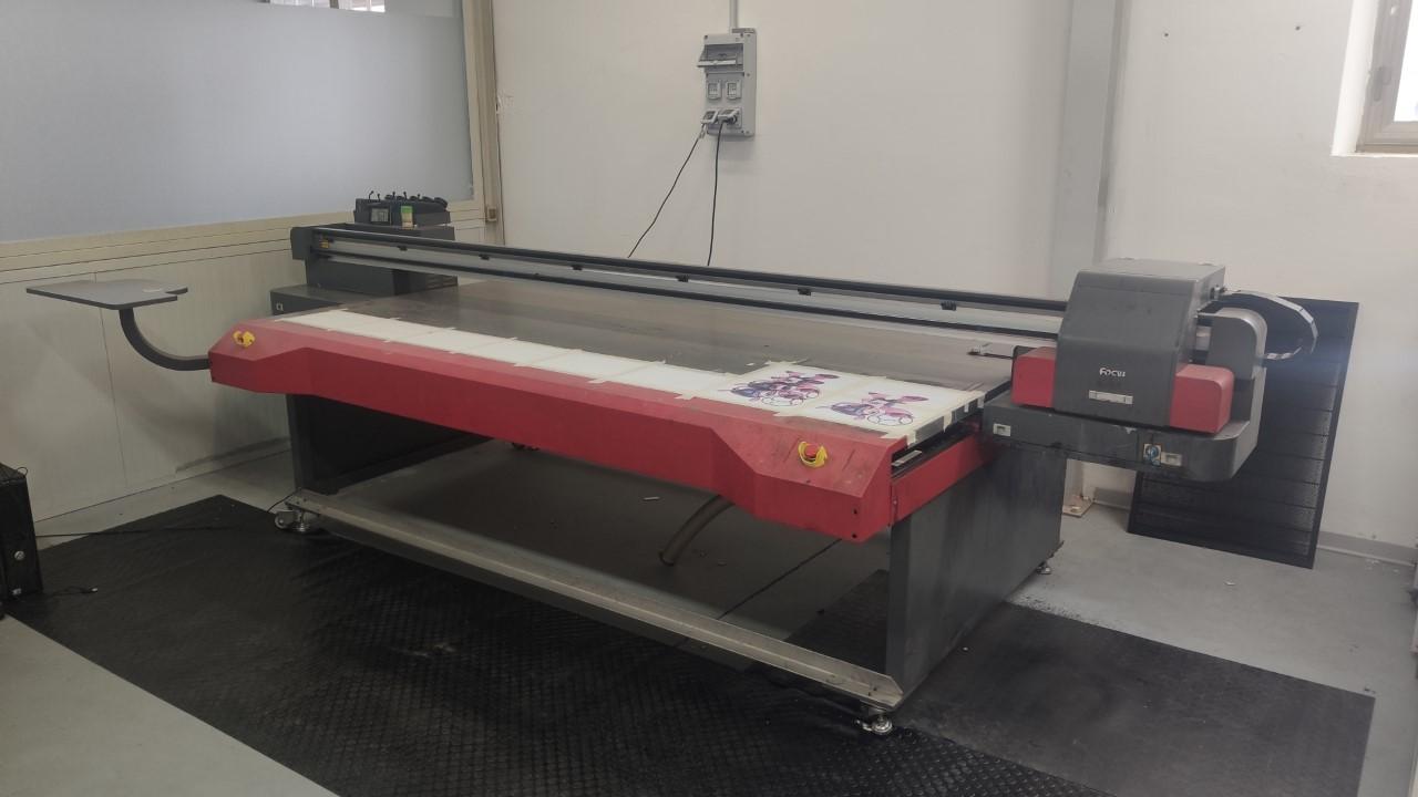 stampante uv 2500x1200mm usata