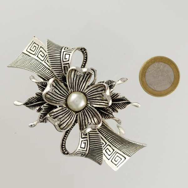 Grande barrette à cheveux argenté fleur perle Capri