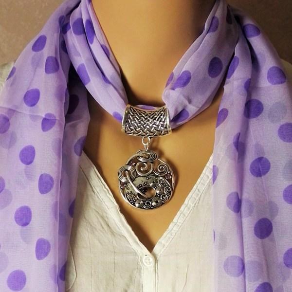 Bijou pour foulard Zen