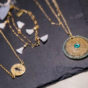 Jewelry & Necklaces