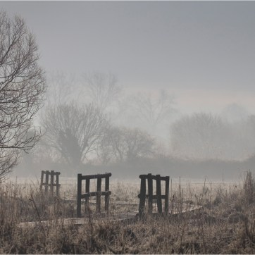 Misty morning on the Test Estuary, Landscape photography, Test Estuary, River Test Estuary, Frosty morning, walkways, boardwalks, gang planks