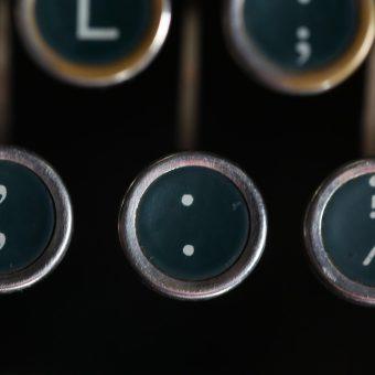 EMGblog_punctuation_09242020_typewriter_website