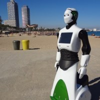 El primer robot policía entra en acción