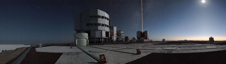 13 Early Morning on Paranal (34,5 x 120 cm) €82,85