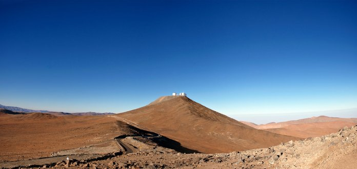 38 Another Perfect Day at Paranal (57 x 120 cm) VERKOCHT