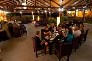Eco-Divers-Resort-Lembeh-Restaurant