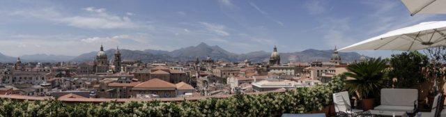 Uitzicht vanaf het terras van hotel Ambasciatori, Palermo