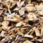 Protege las raíces de las plantas del frío con mulch o acolchado