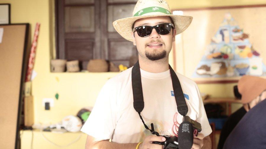 Gilbert-en-actividades-de-fotografía