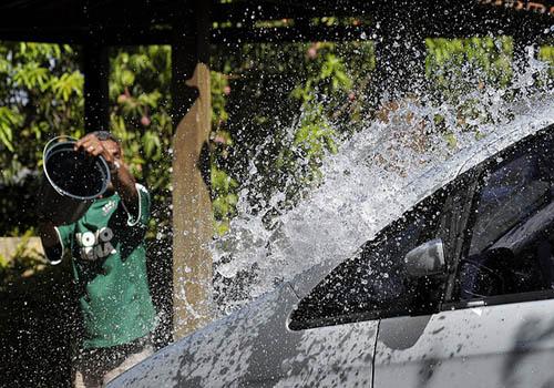 desperdicio-de-agua-crise-hidrica-s-paulo