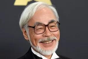 Hayao Miyazaki occhiali
