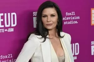 Catherine Zeta-Jones premiere