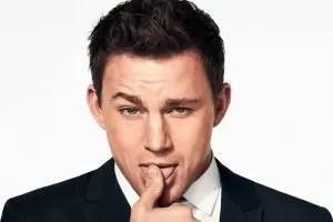 Channing Tatum in una posa sexy
