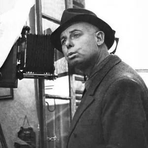 Jean Renoir con cinepresa