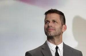 Zack Snyder sfondo bianco