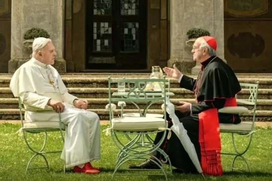 I due papi: gli artisti del film Netflix si rivelano ai giornalisti