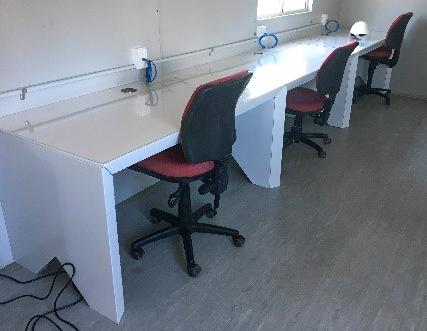 john-holland-mount-victoria-sustainability-cardboard-desk-construction-australia-sydney