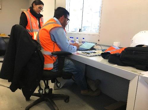 john-holland-mount-victoria-sustainability-cardboard-desk-construction-workers-aus