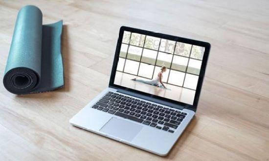 yoga-online-gratuito-sport-coni-lezioni-casa-@-home-savona-liguria-essere-benessere-salute-alassio-free-insegno-lucia-ragazzi-pizzorno-malago