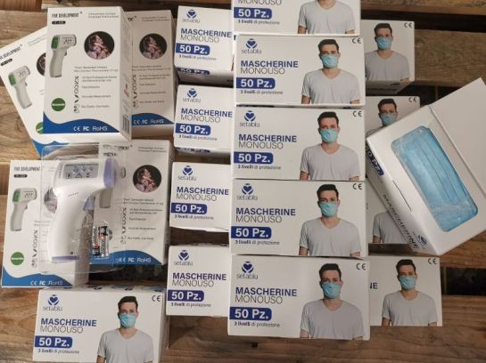 mascherine donate 2