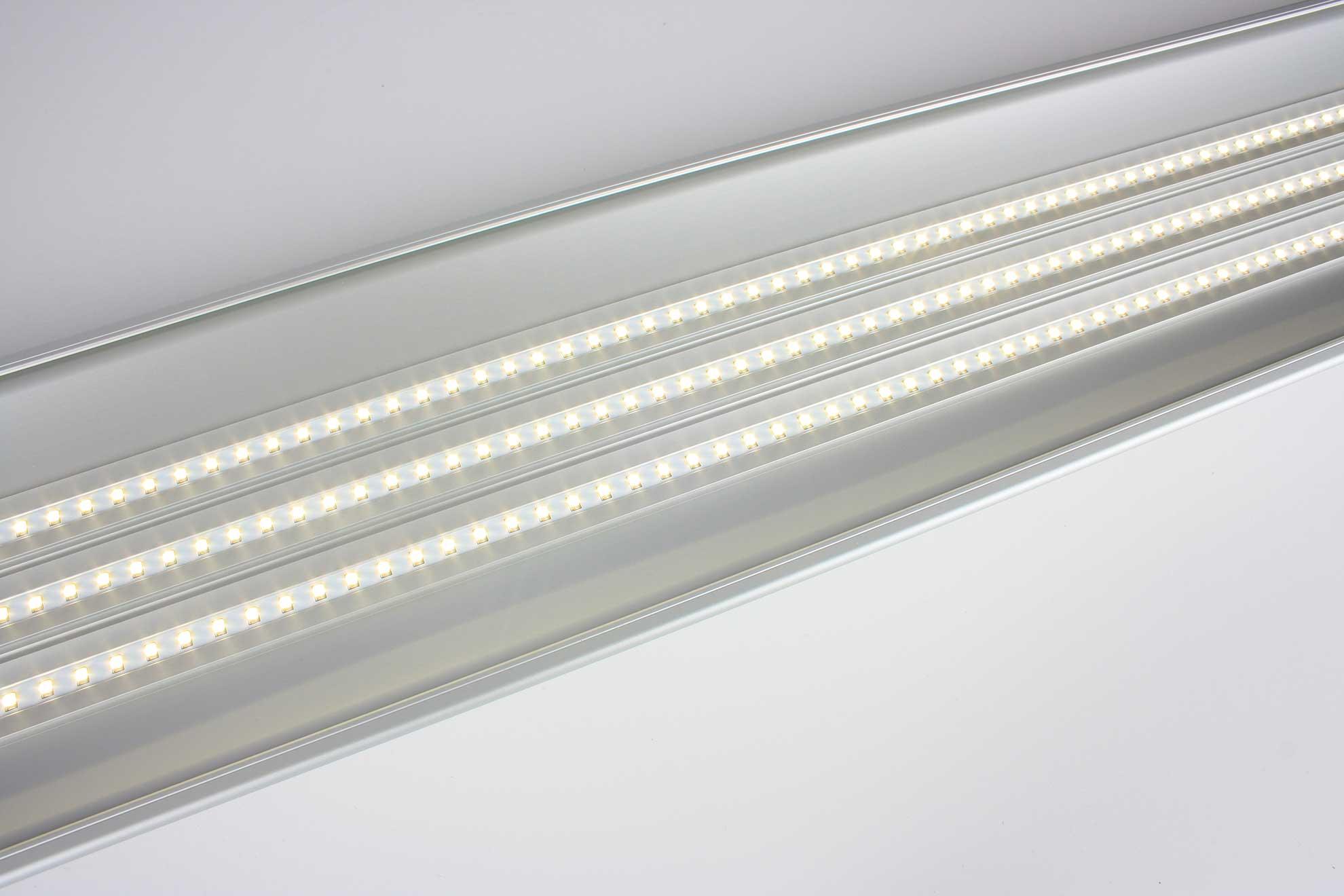 Plafoniere Neon 150 Cm : Plafoniere a led lineari per soffitto di diverse dimensioni