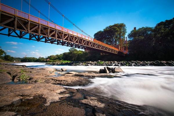 """Longa exposição do Rio Piracicaba. EXIF: 6"""" de exposição com filtro ND1000x às 14h 50 sobre sol pleno. DSC7310 (20140714)"""