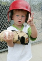 green kids family sports