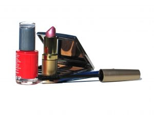 eco friendly makeup is safe
