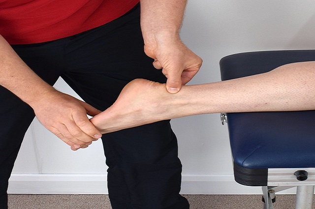 Sprained Ankle Treatment – Causes and Treatment