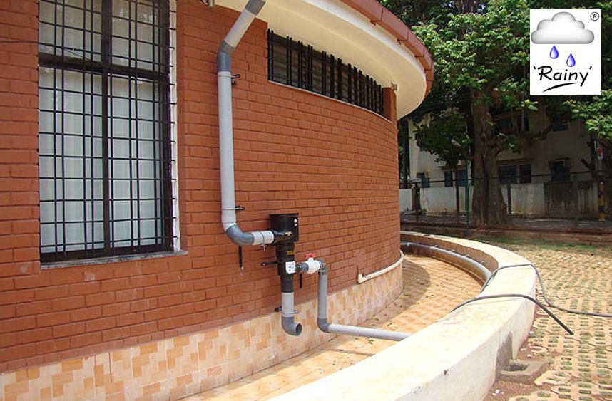 eco-friendly-companies-in-India-Farmland-Rainwater-Harvesting-System