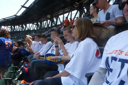 collégiens d'Eridan au match de baseball à NY