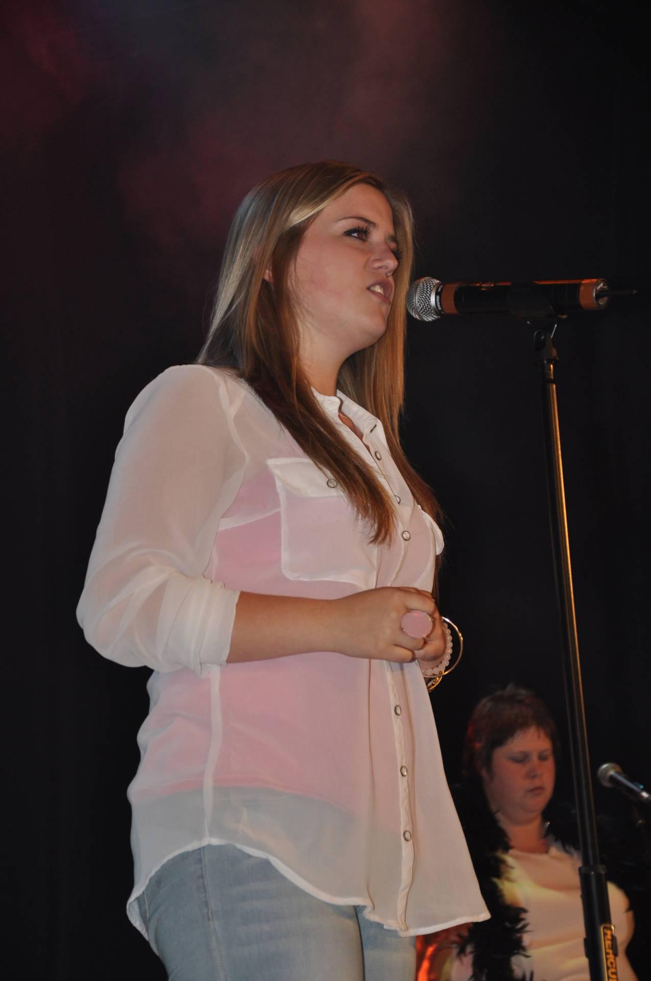 Concours de chant: Chansons à l'affiche