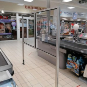 Séparateur de caisse supermarché landes