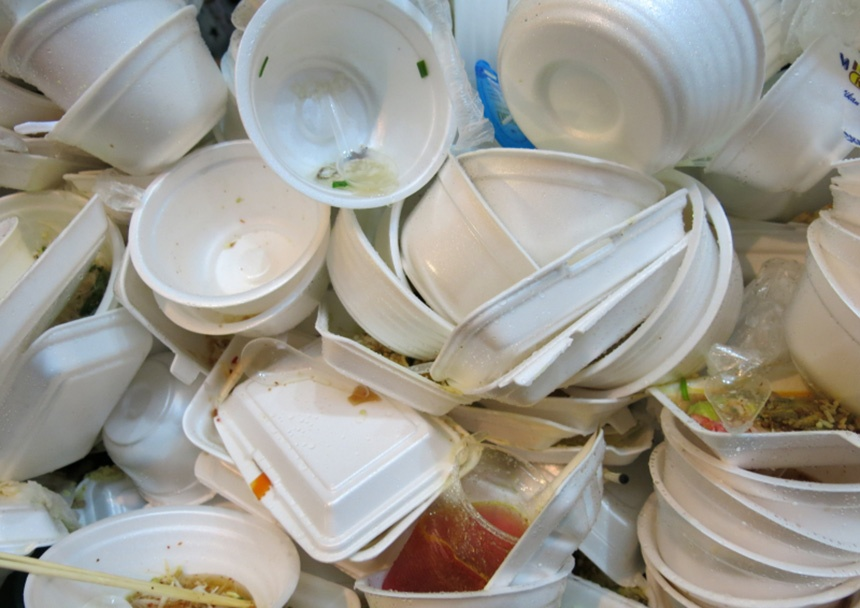 disposable-cutlery-waste