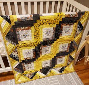 Log Cabin Quilt in yellows and grays