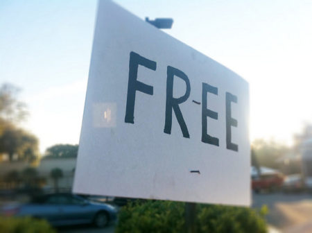 economical travel tips - free