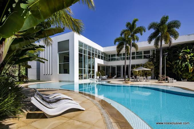 Xuxa põe sua mansão à venda por R$ 45 milhões – Economic News Brasil