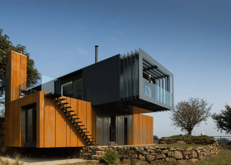 Grillagh Water Container House by Patrick Bradley