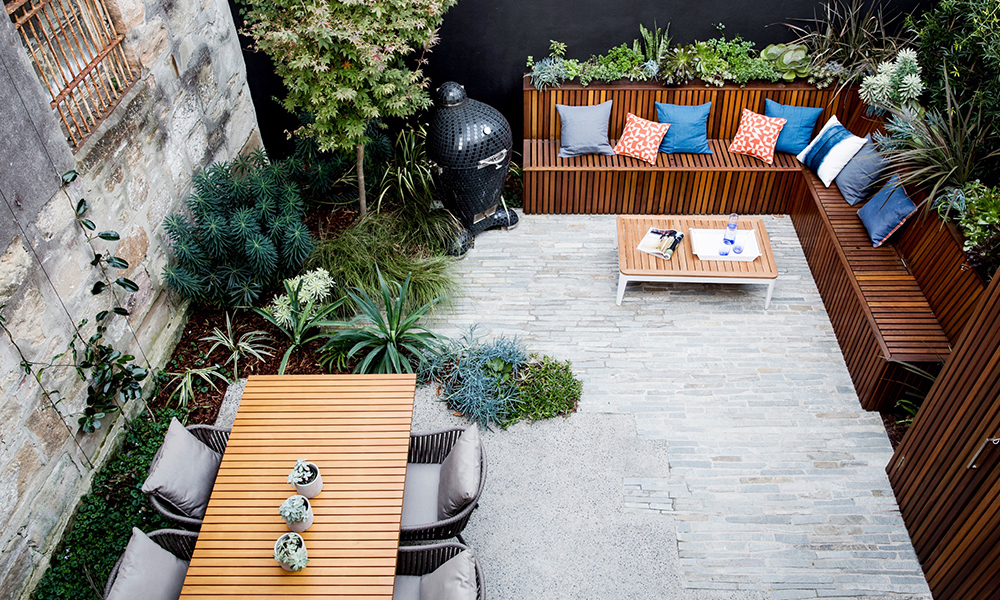 outdoor furniture for small gardens