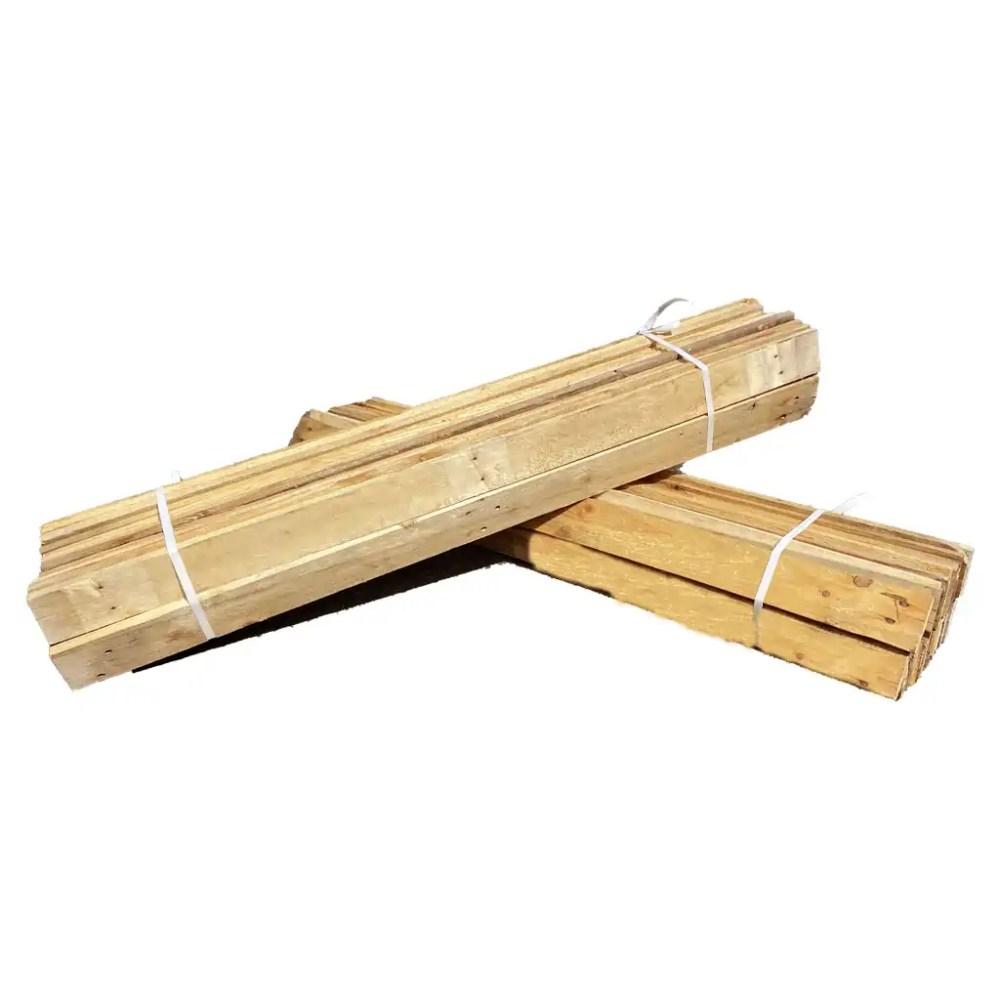 planches issues de palettes recyclées. Longueur : 105 à 117 cm. Les planches seront de la même longueur à l'intérieur d'un lot.