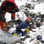 Monte Everest, convertido en un basurero de gran altura