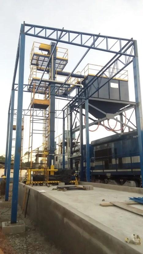 abastecimento-de-locomotiva-com-areia-ecosand