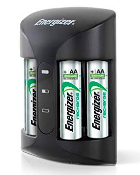 Cargador AA y AAA y 4 pilas NiMH recargables Energizer