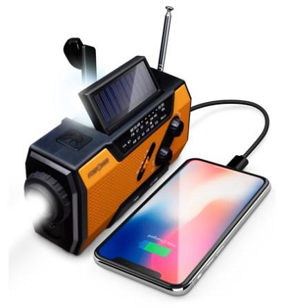 Radio Portátil FosPower, luz solar y baterías