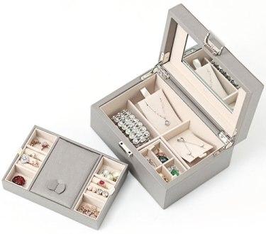 Vlando Wooden Jewelry Box, Jewelry