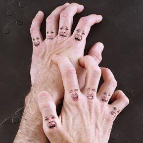 Manos doloridas con artritis