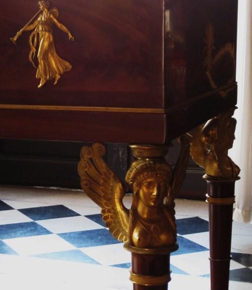 chateau-Malmaison-sphinges-ecoutelebois